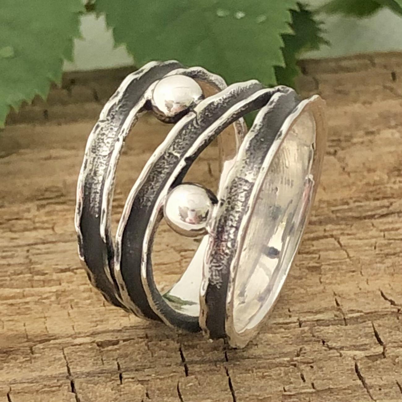 Carita - Ring med silverkulor