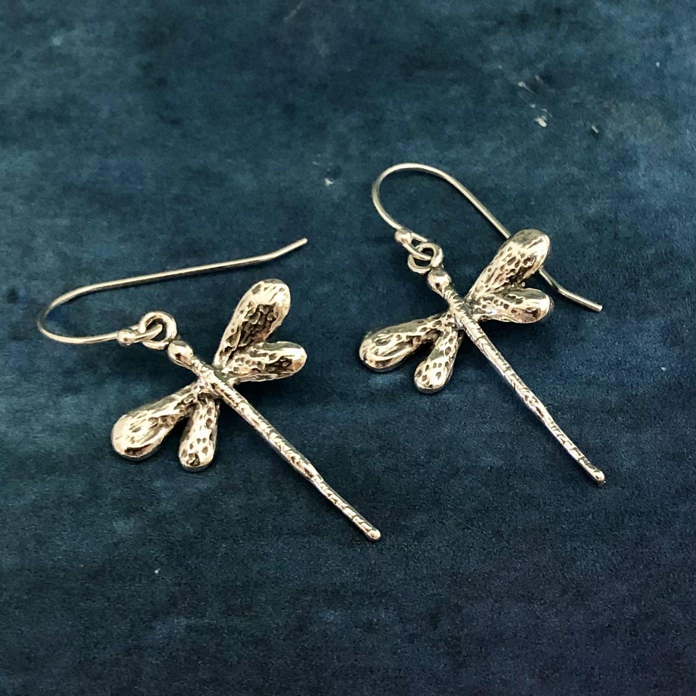 Örhängen med trollsländor i silver