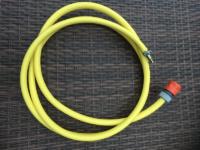 Slange med hurtigkoblinger for å tømme høytrykkspyleren for vann ved hjelp av luftkompressoren