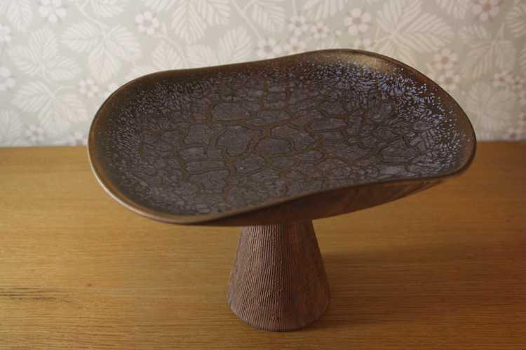 Fat på fot i keramik