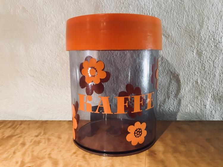 Kaffeburk - Sally, Erik Kold, Nils Johan