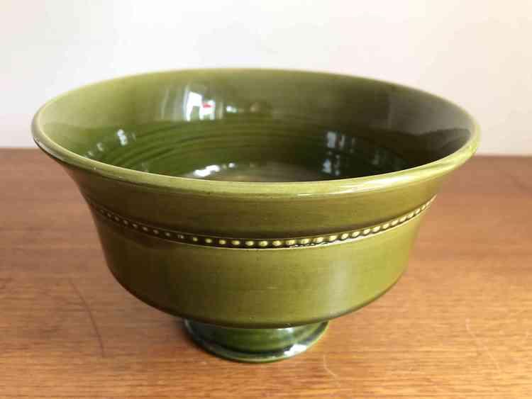höganäs keramik skål grön på fot