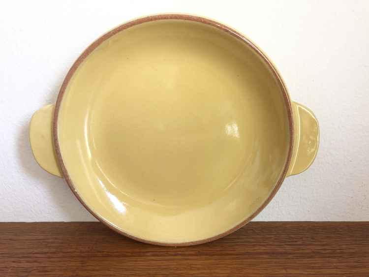 Assiett, gul med handtag - Ekeby