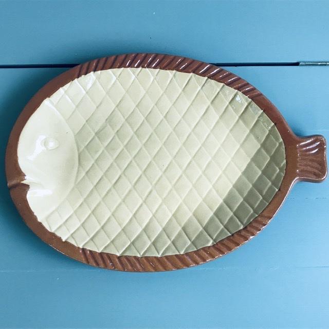 höganäs keramik fiskfat vit brun