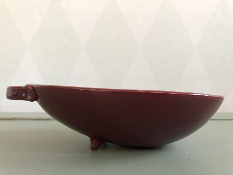 höganäs keramik skål eldfast vinröd sidan