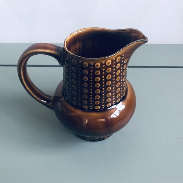 Karaff, brun