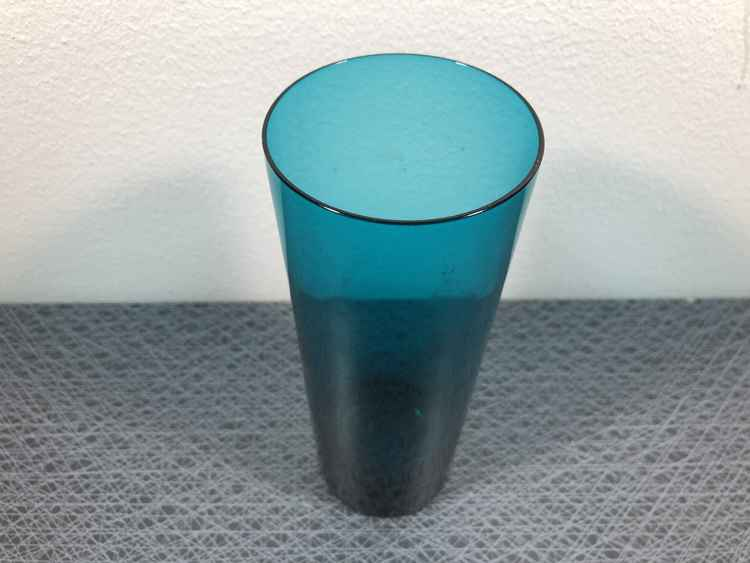 Vas, petroleumblå - (okänd)