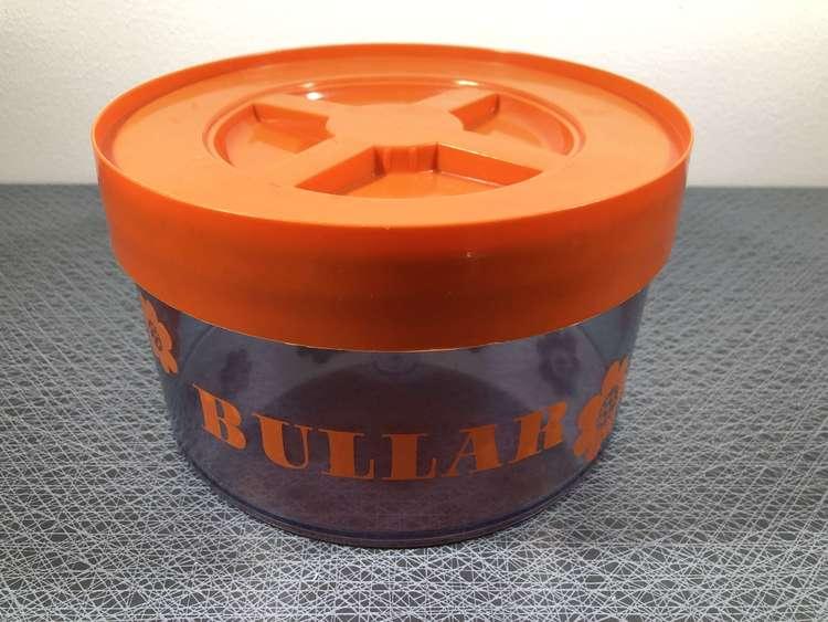 Bullar (orange), Erik Kold - Nils Johan