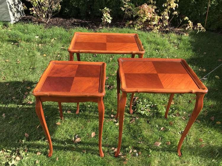 Satsbord i Rokoko-stil i 3 delar, Mahogny - Nybro 70-tal