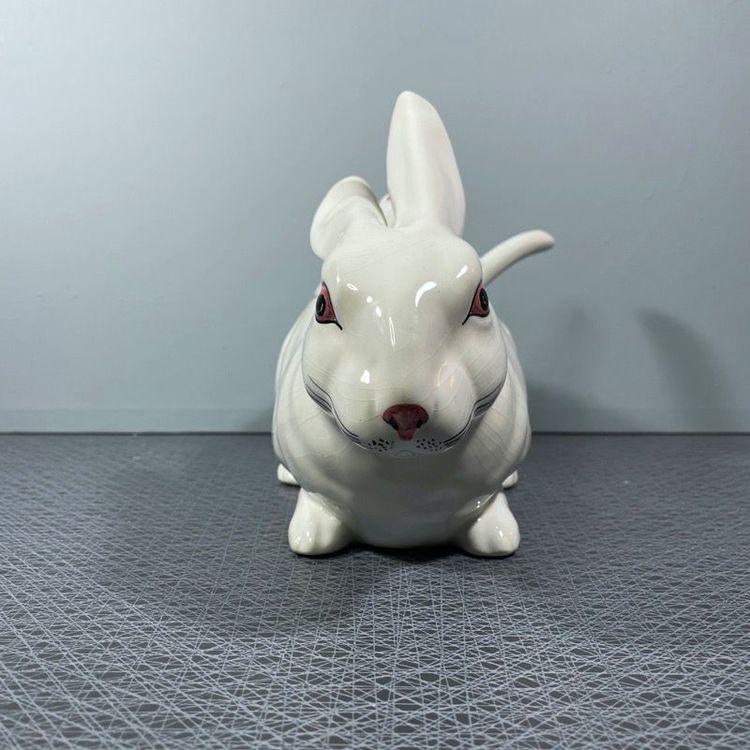 Terrin, vit kanin - BORDALLO PINHEIRO, Portugal