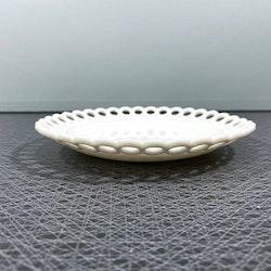 Assiett, vit opalinglas