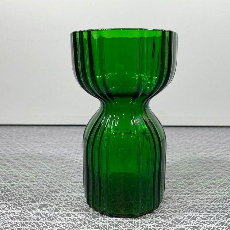 Hyacintvas i grönt glas