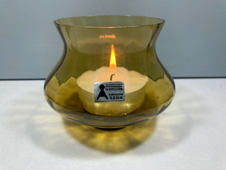 Ljuslykta / vas (gul), Bo Borgström - Åseda Glasbruk sida
