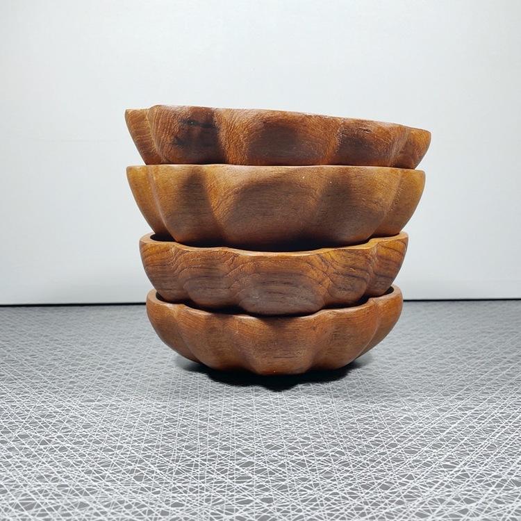 Träskål, teak - handsnidad staplade