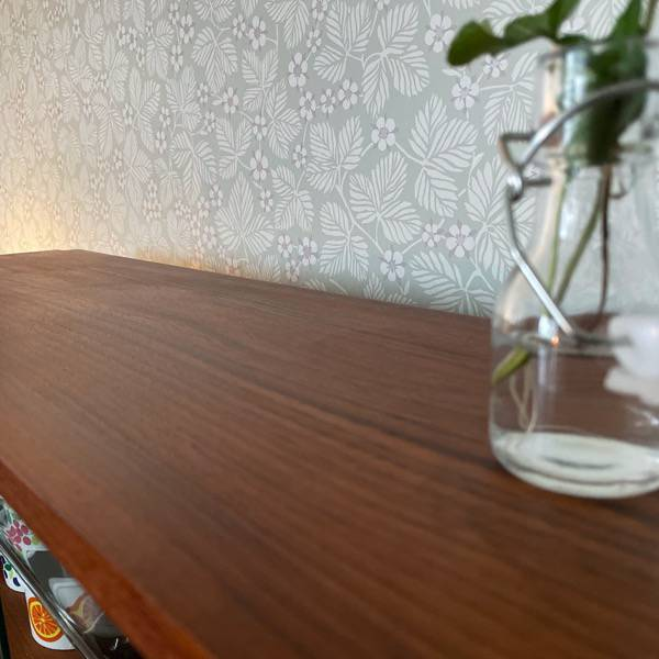Vitrinskåp, vägghängt med glasluckor - Teak