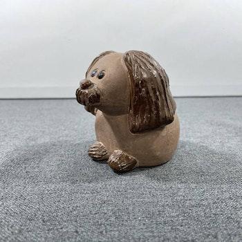 Hund i keramik - Jie Gantofta