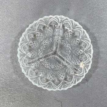 Glasskålar i tre sektioner - Frankrike