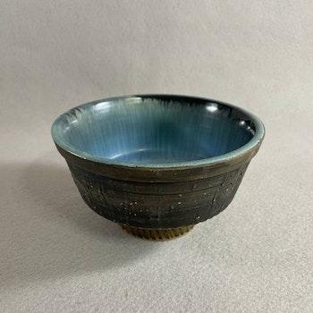 Skål på fot - Tilgmans keramik