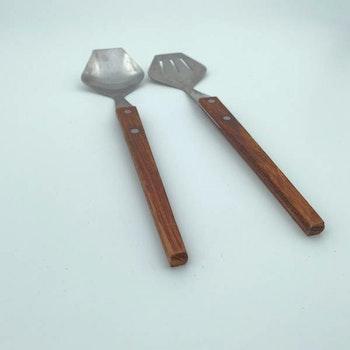 Salladsbestick i teak och rostfri stål