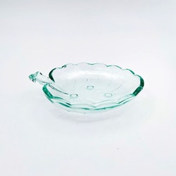 Assiett glas, Näckrosblad - Hovmantorp Glasbruk (turkos)