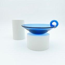 Blå glasfat - Monica Bratt, Reijmyre