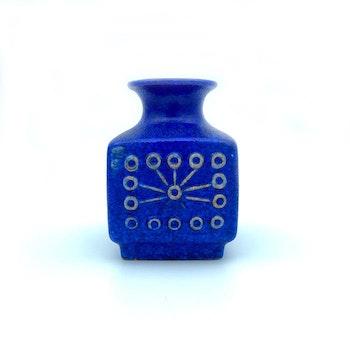 Blå fyrkantig vas -  VEB Haldensleben, GDR