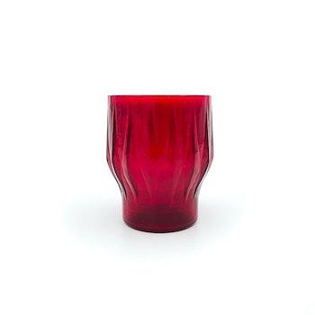 Röda ljuslyktor i glas