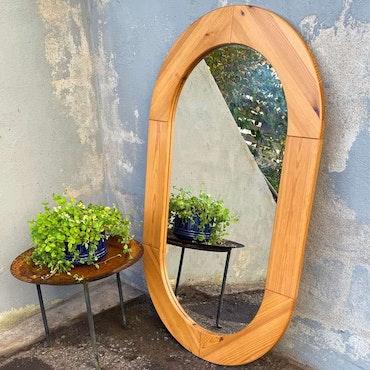 Oval spegel, furu