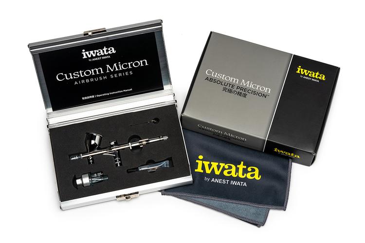 Iwata Custom Micron C Plus (CM-C2P) Airbrush