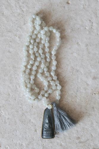 Handknutet Mala Grå Jade mediterande Budda