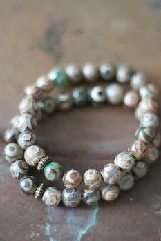 Armband Tibetanska Agater Grön