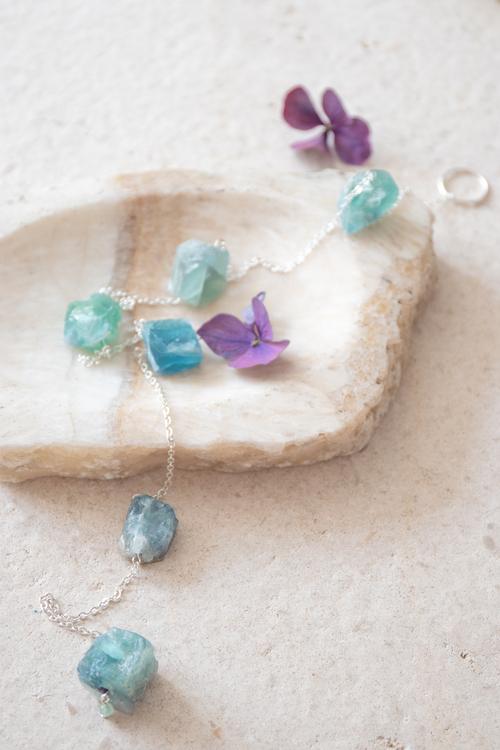 Väggdekoration med rå kristaller Harmony