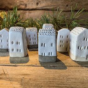 Små keramikhus