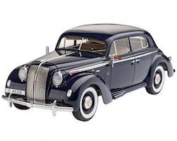 Revell Model Set Luxury Class Car Admiral