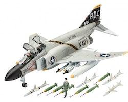 Revell Model Set F-4J Phantom II