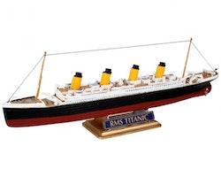 Revell Model R.M.S. Titanic
