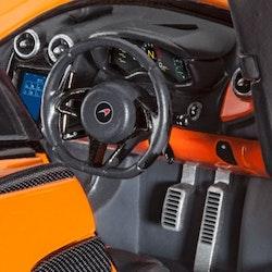 Revell Model McLaren 570S