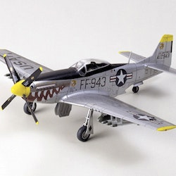 Tamiya Model North American F-51D Mustang