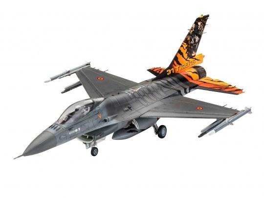 Revell Model F-16 MLU Tiger meet 2018