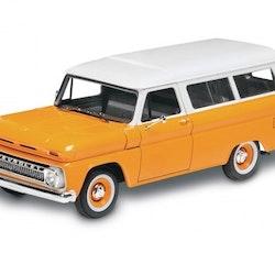 Revell 1966 Chevy Suburban