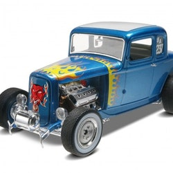 Revell 1932 Ford 5 Window Coupe 2n1