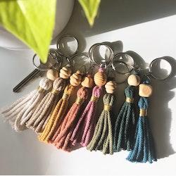 Makramé «tassel» nøkkelringer