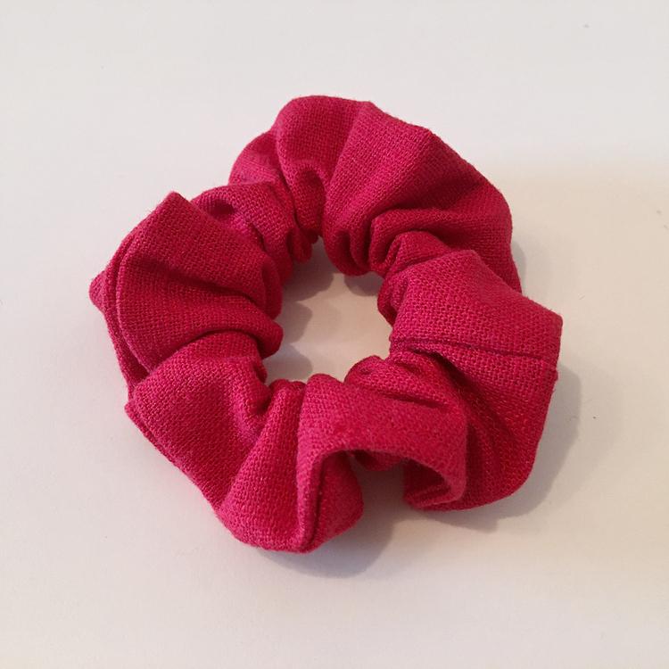 Monica scrunchie