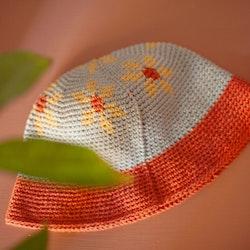«Flower Power»-hatt
