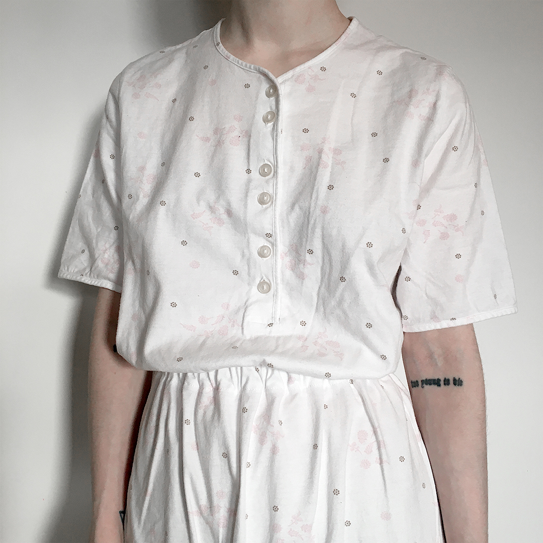 Redesignet nattkjole t-skjorte