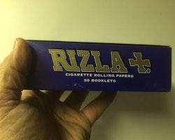 Rizla Mörkblå Mini DISPLAY (cigarettpapper)