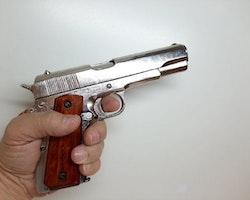 Colt M1911A1 Semi-automatic Pistol Replika