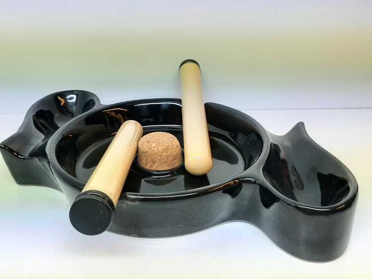 Pipaskfat för 2 pipor + 2 majspipor + tillbehör (pipaskkopp)
