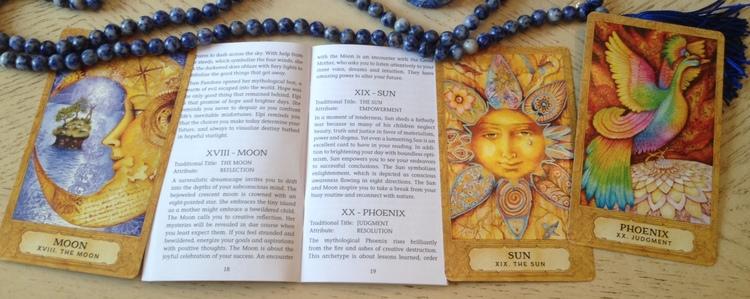 Chrysalis Tarot deck and book set by Holly Sierra, Toney Brooks