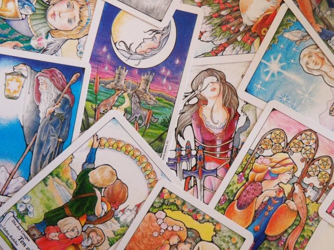 The Hanson Robert Tarot deck by Mary Hanson-Roberts